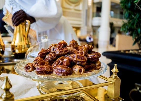 Het traditionele eten in Abu Dhabi