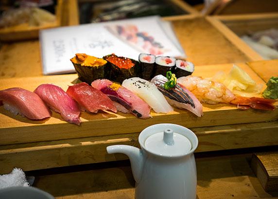 Geniet van de verste sushi in Tokio