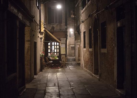 Het nachtleven en de gezellige barretjes in Venetië
